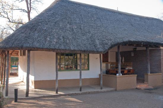Shingwedzi Rest Camp: our five-bed cottage