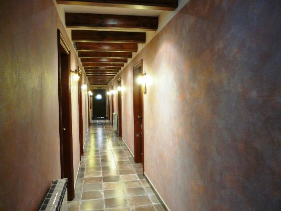 Hotel Flor de Neu: Pasillo