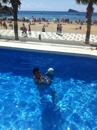 Hotel Brisa: lovely pool with beach view