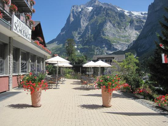 Parkhotel Schoenegg: Outdoor patio