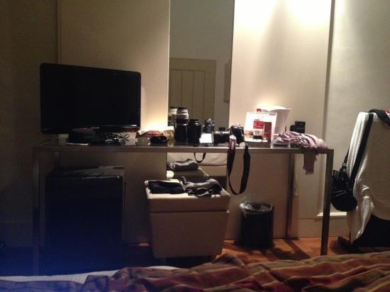 Hotel Londra: quarto