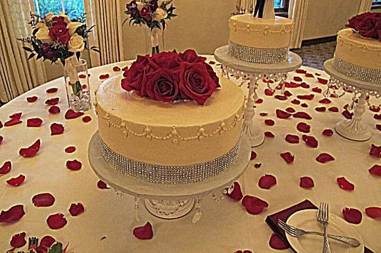 wedding cakes in ct cakes unlimited torrington menu prices amp restaurant 24610