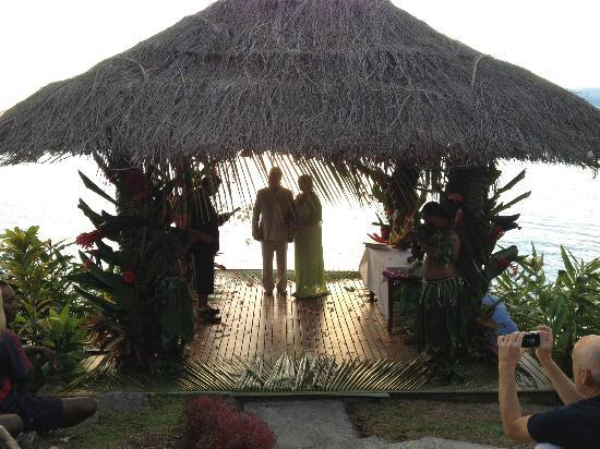 Garden Island Resort: gazebo