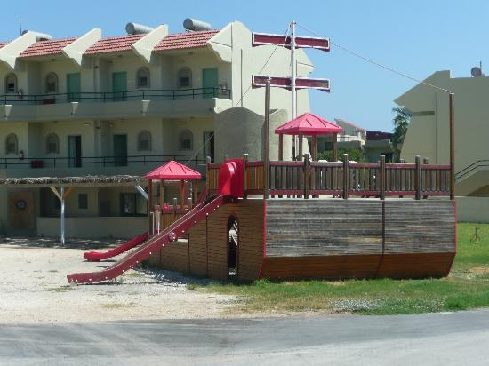 Virginia Hotel: view of pirate ship play area