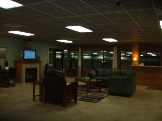 Peppertree at Tamarack HOA: Lodge with computers