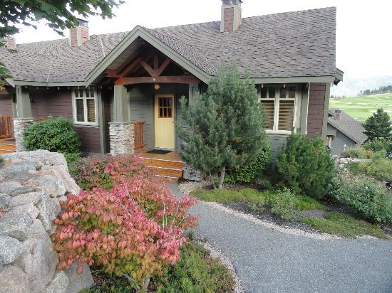 بريداتور ريدج ريزورت: our cottage 