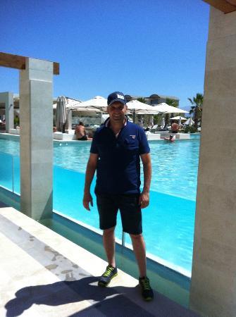 Avra Imperial Beach Resort & Spa: φανταστική πισίνα
