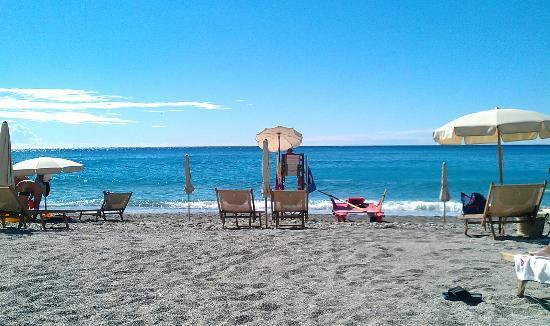 Hotel Riviera Miramare: Strand