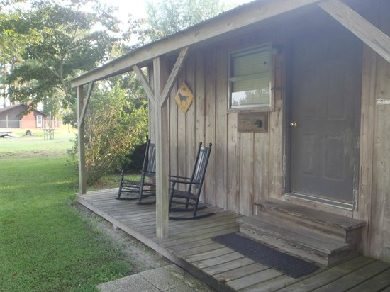 Swanquarter, Carolina do Norte: Front of cabins