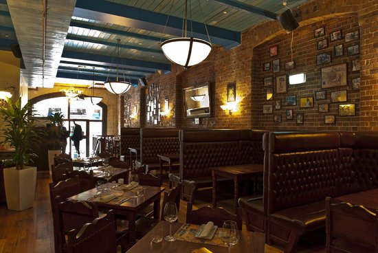 The Cuban Place: Ground Floor Restaurant