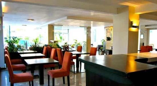 Hotel Castilla: Zona Cafetería