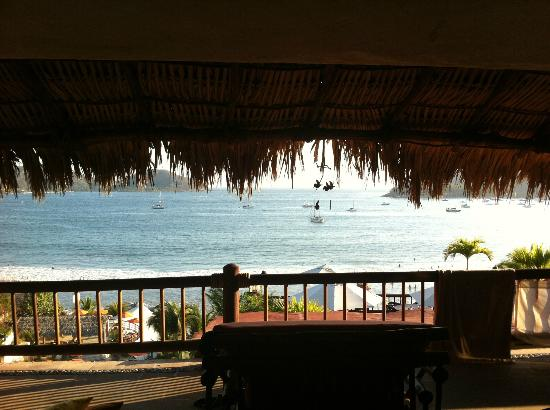 Aura del Mar Hotel: The View From Our Suite (located above the lobby)