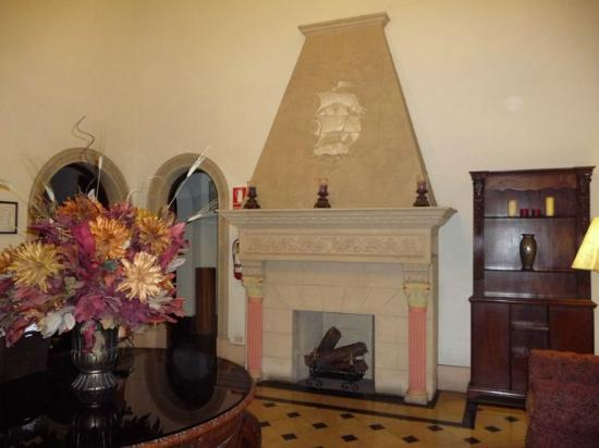 The Clifford Hotel: Lobby Fireplace