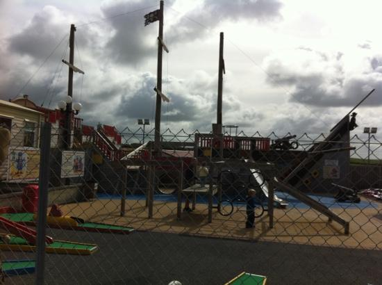 Sandymouth Holiday Park: black pearl play ground