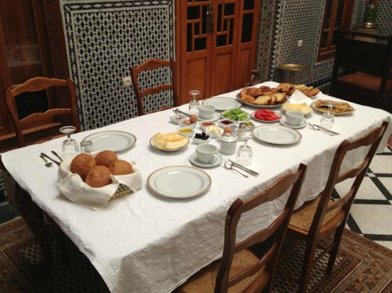 Dar Dalila: Breakfast 