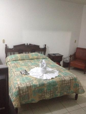 Hotel Arenal Carmela: bedroom