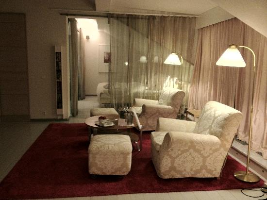 Hotel Rival: view of the suite on the 7th floor