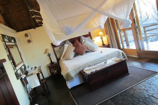 Muchenje Safari Lodge: Clean, comfortable rooms