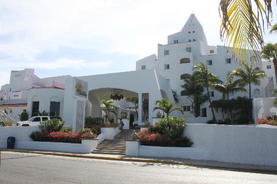 GR Caribe by Solaris: GR Caribe (exterior)