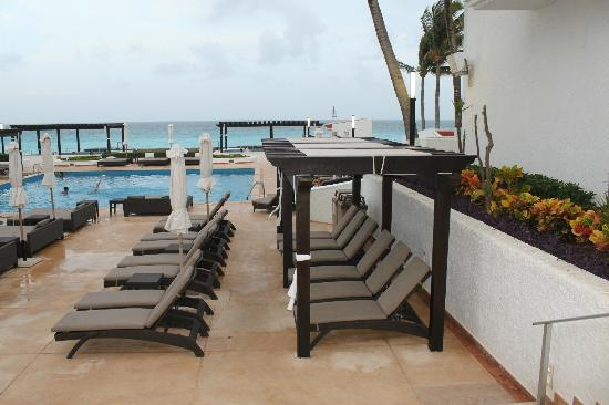 GR Caribe by Solaris: Pool Area