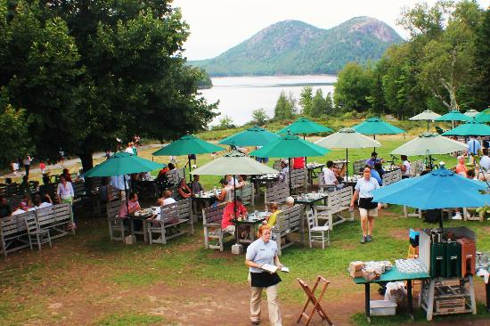 Jordan Pond House: Tea on the Lawn:  NOT Like the Postcards