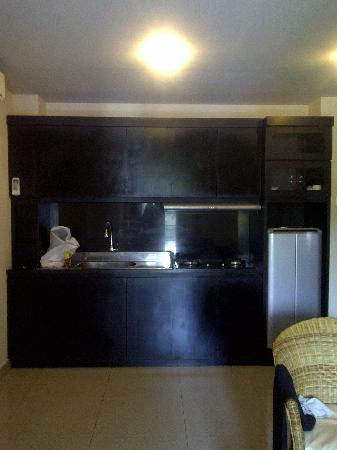 Taman Tirta Ayu Pool and Mansion: dapur
