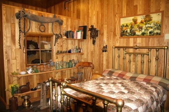 The Mill Tales Inn Display Sample Room
