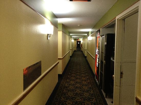 Days Inn & Suites Grand Rapids/Grandville: Corridor