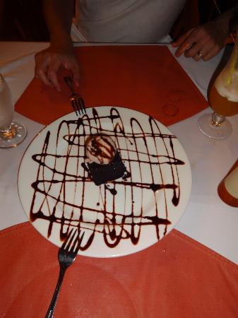Hatchet Caye Resort: yummy desert