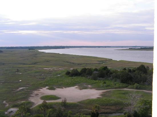 Holiday Inn Charleston Riverview: This was the view of the low country from our room on the 9th floor.