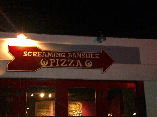 Screaming Banshee Pizza: Screaming Banshee - Signage