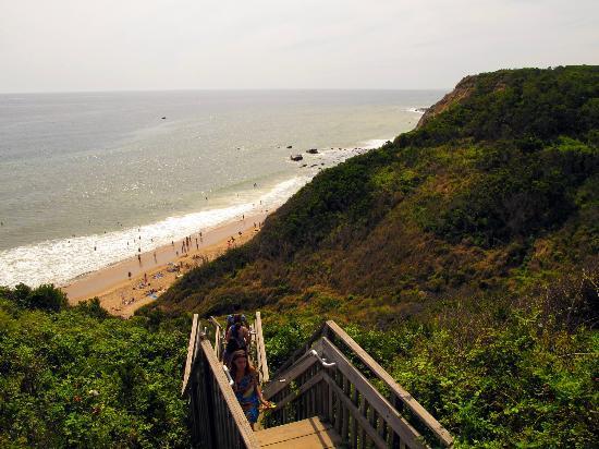 Bottom of stairs to beach below Mohegan Bluffs, Block