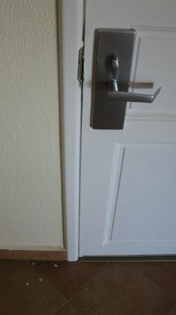 Worldmark Coral Baja : The lock was jammed on the door to our room for several hours
