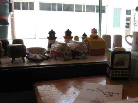 Jestine's Kitchen: Knick-Knacks