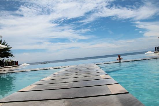 Acuatico Beach Resort & Hotel: the money shot! 