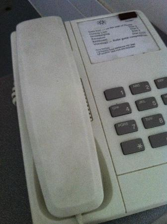 Nova Star Gate Serviced Apartments: Filthy phone