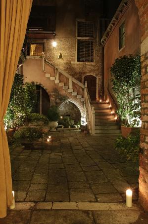 Residence Palazzo Odoni: Eingangsbereich