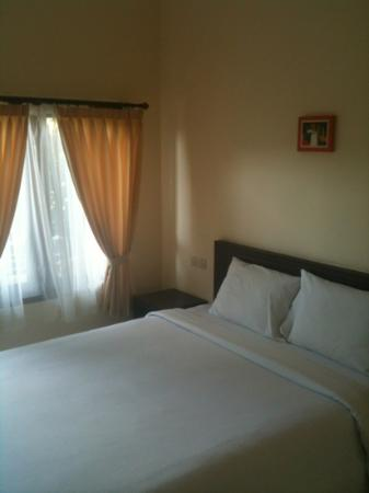 Surya Inn: realy clean room