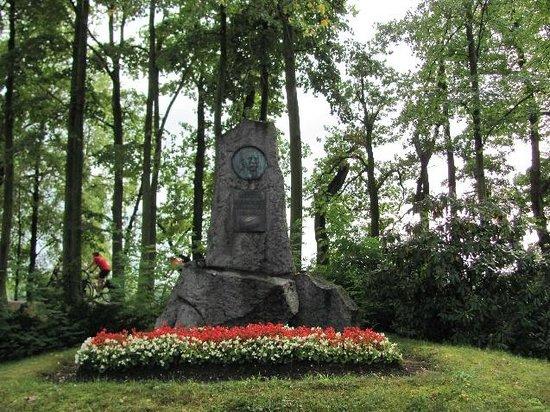 Josef Susta monument