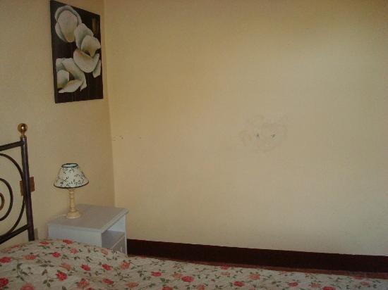 Il Paggino: Wand im Schlafzimmer