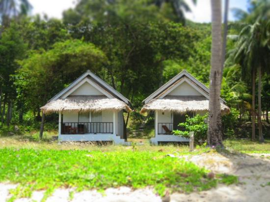 Secret Beach Bungalows: bungalow (2pax)
