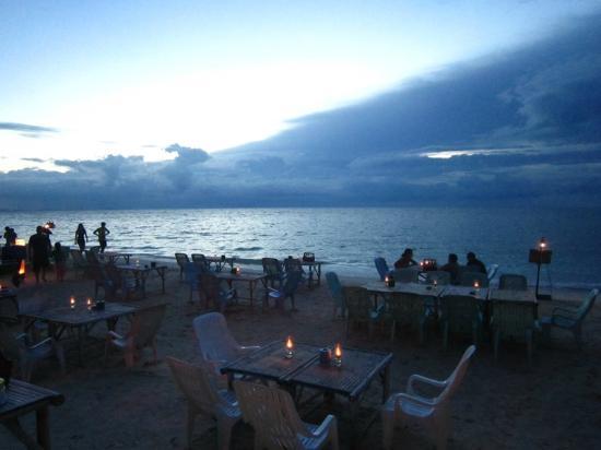 Haad Yao Villa: beach