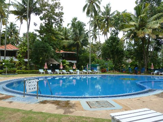 Akhil Beach Resort: Pool