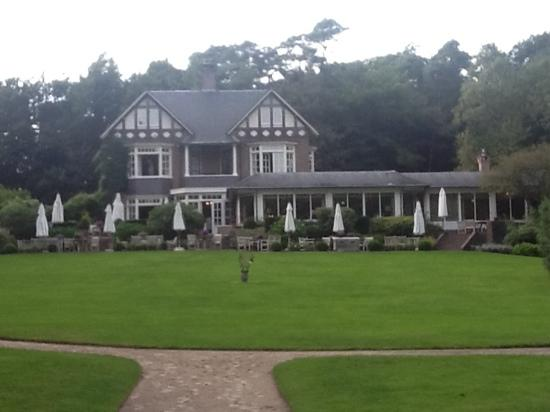 Hotel Landgoed Het Roode Koper - Relais & Chateaux : foto vanuit de tuin
