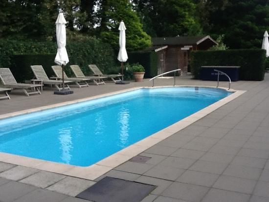 Hotel Landgoed Het Roode Koper - Relais & Chateaux : het kleine verwarmde zwembad