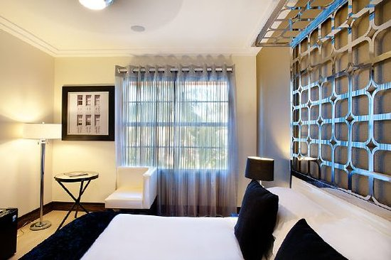 Room Mate Waldorf Towers: Standard room