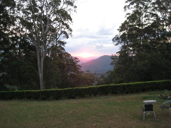 Mapleton Falls Accommodation: View from our Lounge