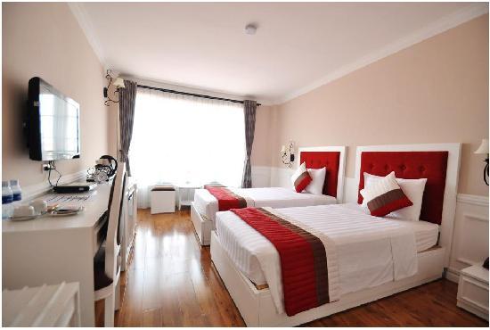 Calypso Suites Hotel: Calypso room