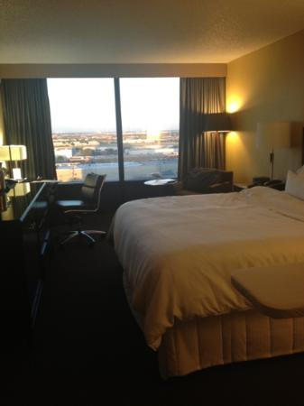 The Westin Dallas Fort Worth Airport: King room 11th floor