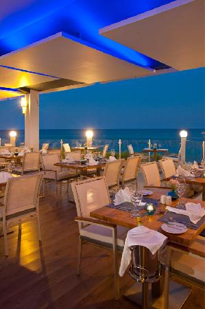 Pernera Beach Hotel: Thalassa Gastro Bar - A la Carte Restaurant